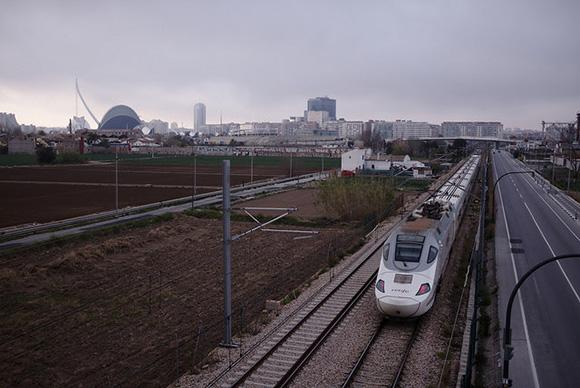 Nuevo récord en 2018 de los trenes AVE Madrid Valencia