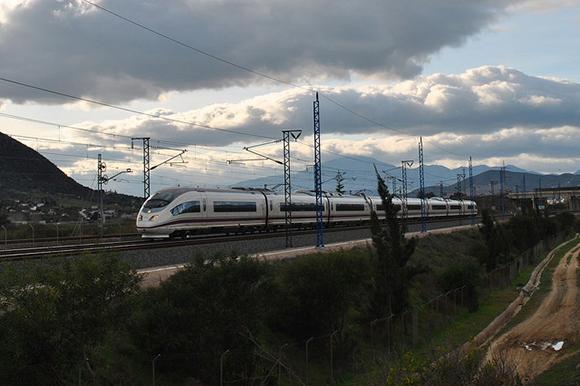 Adjudicado el mantenimiento 2019 en varias líneas de trenes AVE