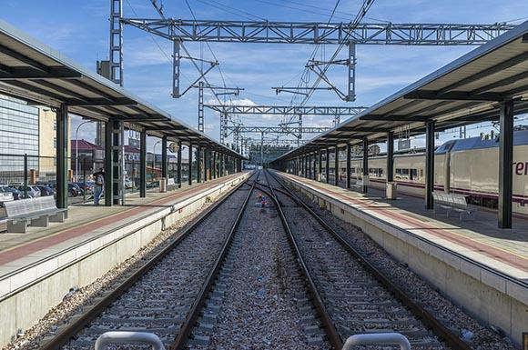 Usuarios y beneficios de los trenes AVE hasta 2019